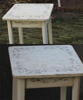 Met Old White, een mooi sjabloon en een craquele-medium werd dit oude tafeltje een prachtige blikvanger!